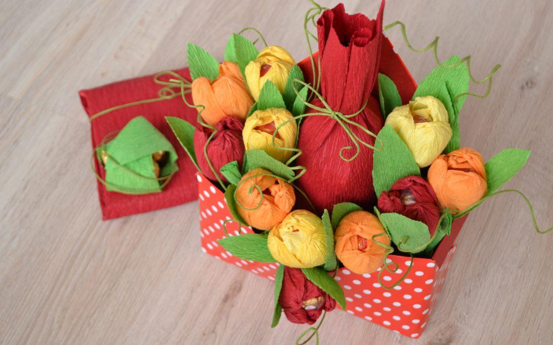 Идея за подарък: Букет от цветя с шоколадови бонбони