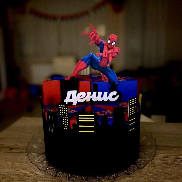 Хартиена торта за рожден ден