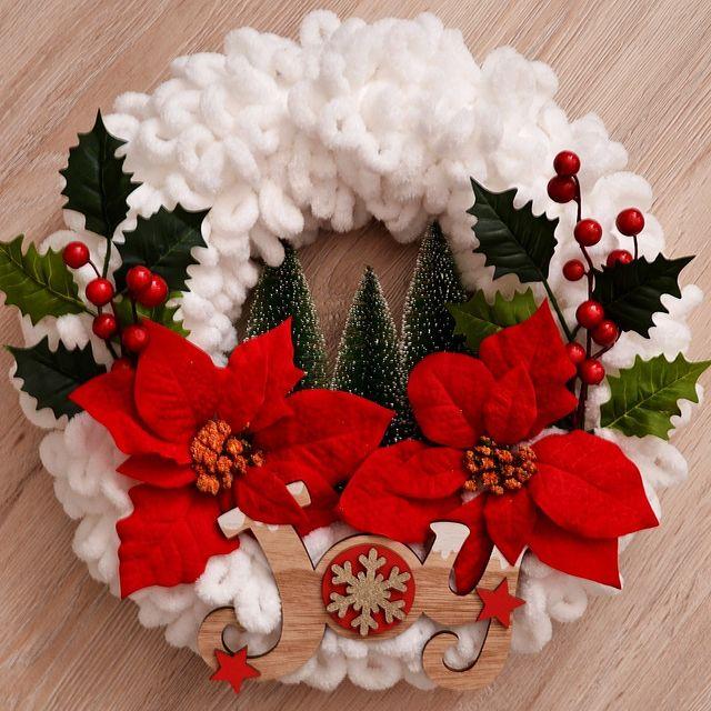 Коледен венец Радост