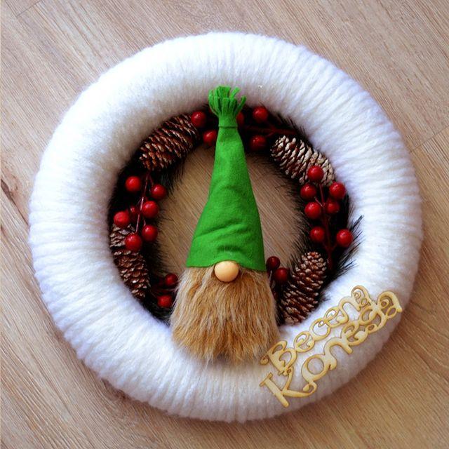 Коледен венец Гном, Весела Коледа